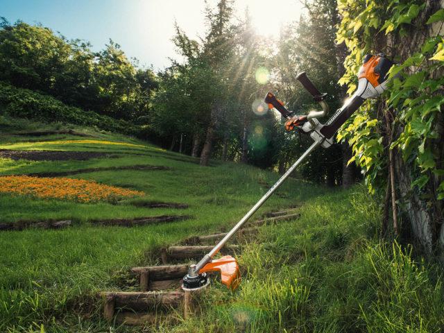 Прополка картошки триммером: быстрый способ избавиться от сорняков