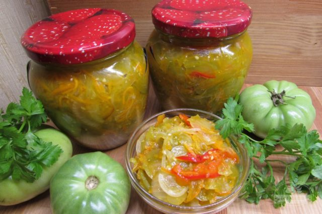 Салат Дунайский из зеленых помидоров – необычная закуска на зиму