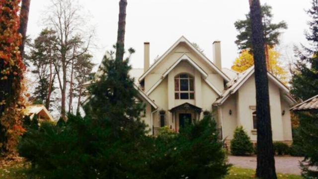 Шикарный дом Льва Лещенко и его великолепный сад