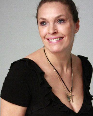 Марина Могилевская: дачная жизнь известной актрисы
